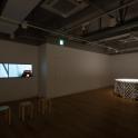 「新・今日の作家展2018 定点なき視点」 阪田清子《対岸について》《round table》展示風景