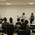 対談「他者との関係性について」(10月6日)左から、鈴木理策氏、川村麻純氏