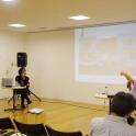 「新・今日の作家展2019 対話のあとさき」対談「対話のプラットフォームとしての美術、建築」(9月21日)左から、鎌田友介氏、五十嵐太郎氏